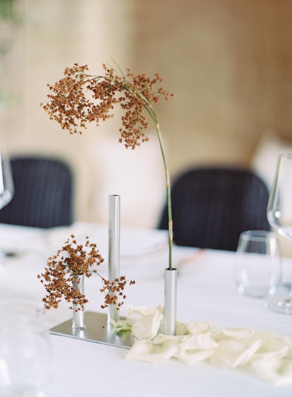 Bloodwood Botanica   oaklab design minimal vase design