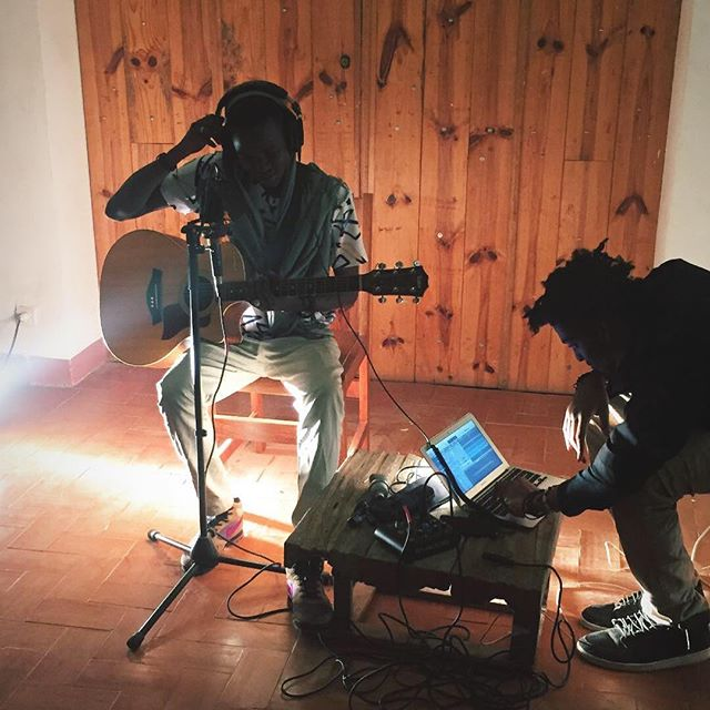 g o r é e  l i v e  c i n é m a . @cue.joe .  #recordings #livesession #musique #goree #goreelivecinema #songwriting #senegal #singing #sounds #africansounds #afrobeat