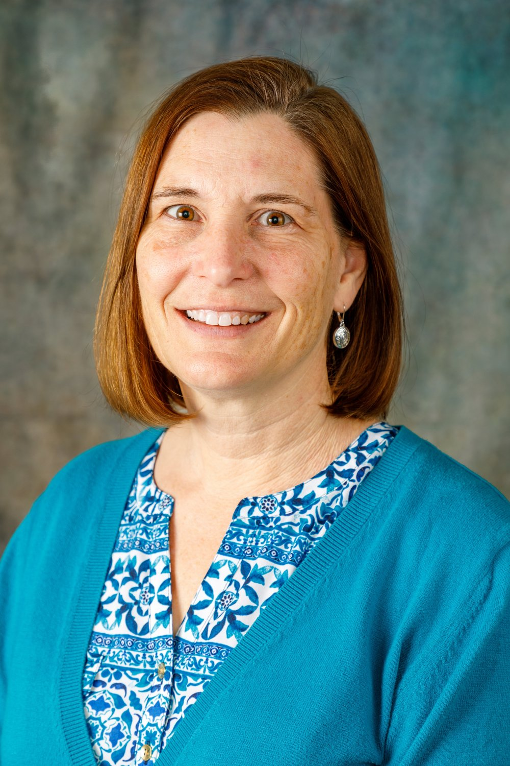 Ms Colleen Belknapp   Executive Director    Colleen has been at Aemilian Preschool since 1987. She began by teaching in the 3 year olds for 13 years and then transitioning to the business manager to work part time when her children were young. In January of 2008 she became the Executive Director. She is passionate about high quality early childhood education and feels lucky to have found such a wonderful program. When she's not at school she and her husband enjoy cheering on her 4 children when they are playing volleyball or baseball.