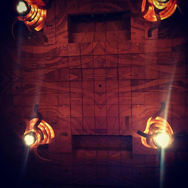 That grain. #woodpecker #architectureporn #melbournerecitalcentre #seriouscraft