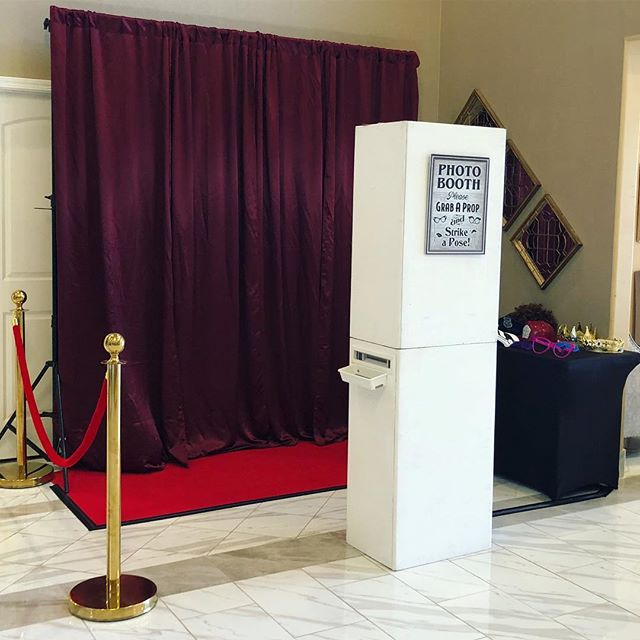 The open air photo booth is all set for #TheRoyalHayerWedding at @grandpavilionsac. Congrats to Mr. & Mrs. Hayer •  #photobooth #redcarpet #sacramento #grandpavilion #props #punjabiwedding #reception