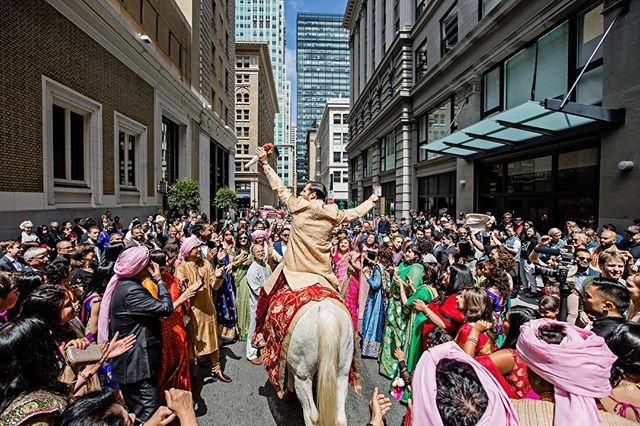 We took over the streets of San Francisco for this baraat procession. With hundreds of baraatis, a live drummer and DJ Tanveer in the mix. Oh, how baraats have evolved over the years. I cant wait to see what changes the future brings.  #DJTanveer #baraat  #Indianwedding #SanFrancisco  #Dholi