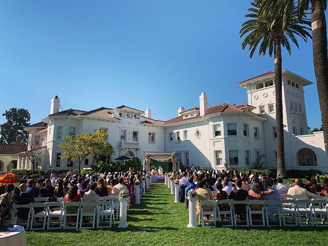 Saturday's early morning wedding ceremony at #HayesMansion and evening reception at the #FairmontSanJose went off without a #Hitch. #congratulations to the beautiful Bride & Groom.  #DJTanveer #WeddingDJ #Bollywood #IndianWedding #OutdoorWedding #FairmontSanJose #HayesMansion  #QSC #Uplighting #DJ #october • 🏢: @fairmontsanjose @hayesmansion 🎥: @weddingdocumentary 📋: @avantplanners 🎶: @DJTanveer