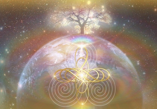 B E Y O N D T H E V E I L - Remembering, Reactivating and Reclaiming the Magic Within