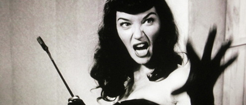 0027-thenotoriousbettiepage.jpg