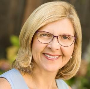 Betsy McGinn - CEO, McGinn eCommConsulting