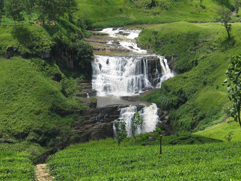 Breathtaking Waterfalls (Exclusive tours to Sri Lanka)