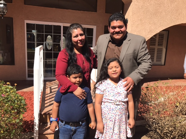 Pastor Noe Nolberto Carias Mayorga and family