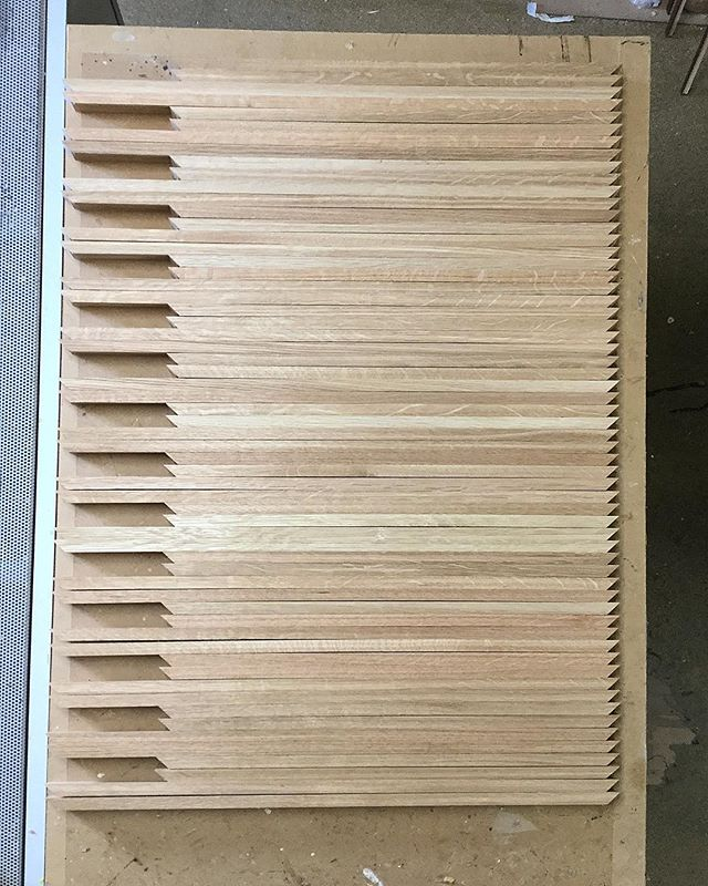 60 Meters of oak moulding ready to join! . . . #pictureframe #pictureframer #pictureframing #pictureframeshop #custompictureframing #artframe #bespokeframing #bespoke #workinprogress #designedforyou #designinspiration #rawwood #tulipwood #woodworking #handmade #handcrafted #supportthemakers #makersmovement #supportsmallbusiness #scottishbusiness #shopsmall #shoplocal #behindthescenes #instagood #creativejobs #creatives #madebyus #lovemyjob #madetomeasure #thisishowwedoit