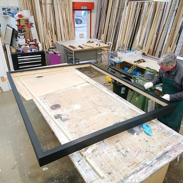 John putting the finishing touches on this massive composite frame for the national museum. We routed an existing moulding to create a build-up to get the depth required. . . . #edinburghart #nationalmuseumofscotland #edinburghframing #bespokeframing #creativebusiness #woodworking #woodworkingedinburgh