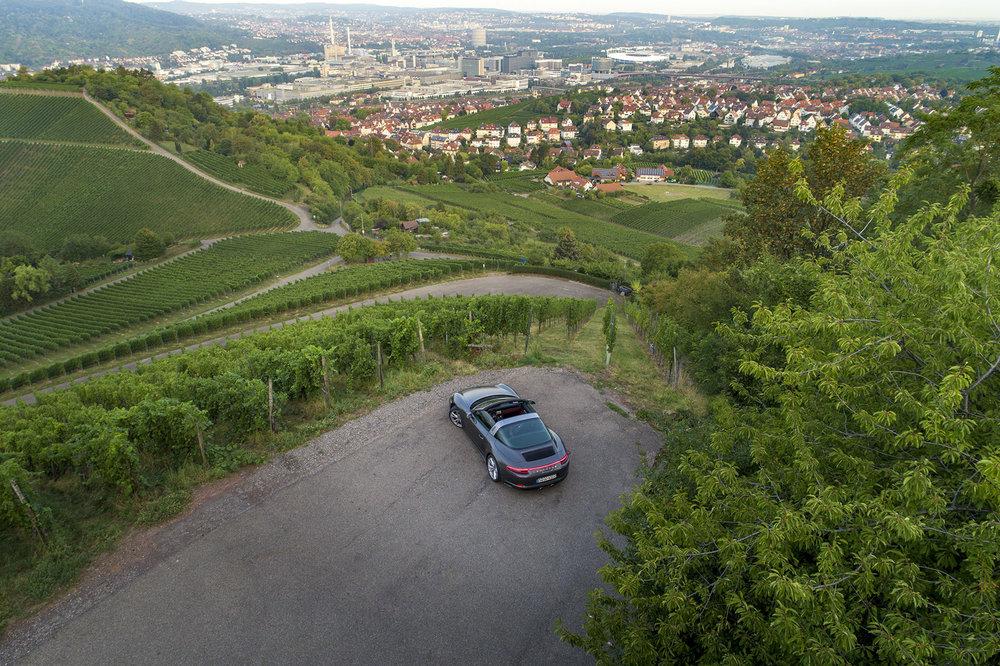 Porsche 911 Targa und Kim Renkema fotografiert von Jean-Claude Winkler Werbefotograf aus Stuttgart