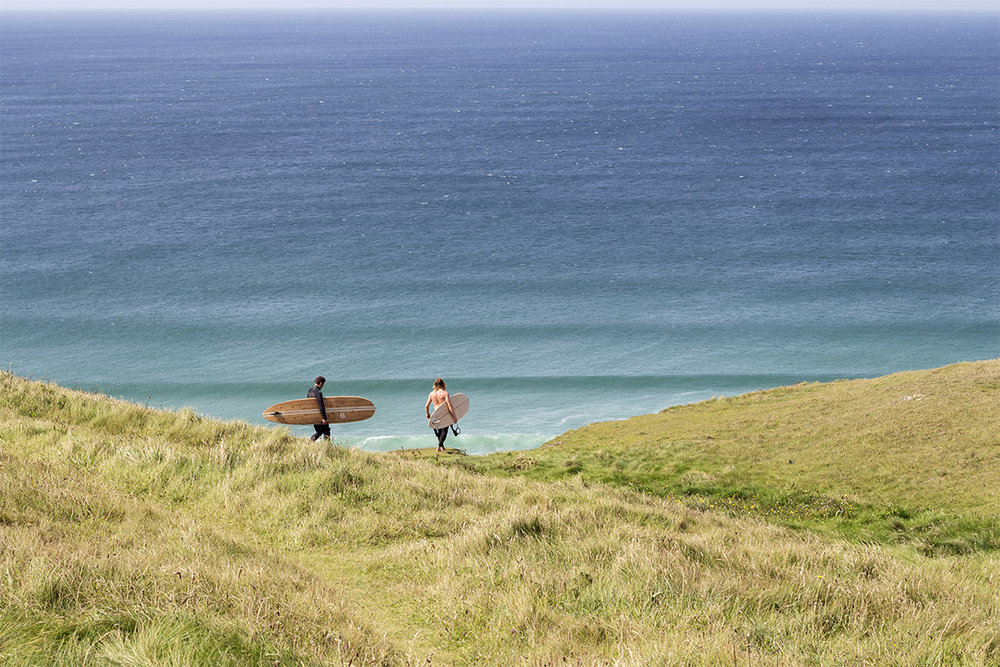 Otter_Surfboards_Summer_2017_clifftop_surf_check_soc.jpg
