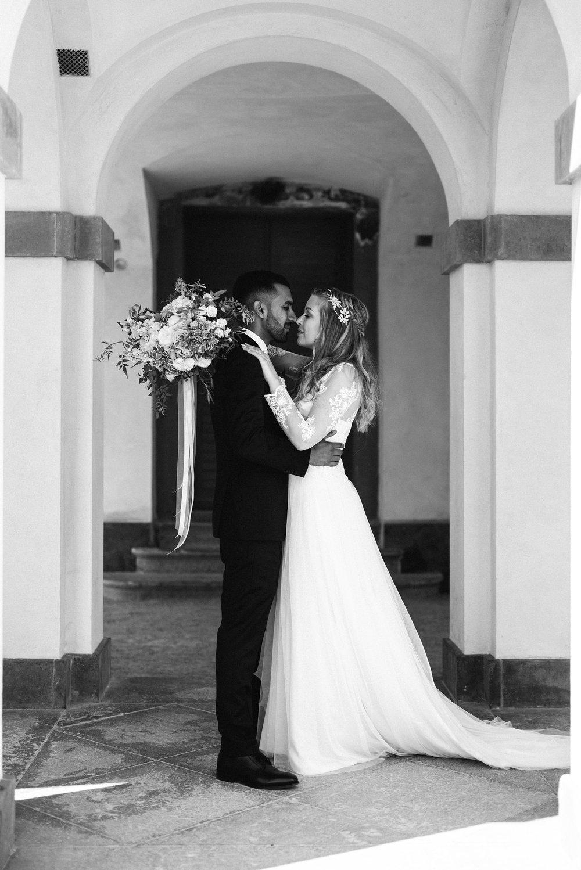 Linda&Amad-FotografAHyrefeldt-534.jpg