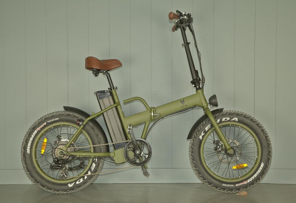 Un-Plus-Cycles-V2-smal (33) .jpg