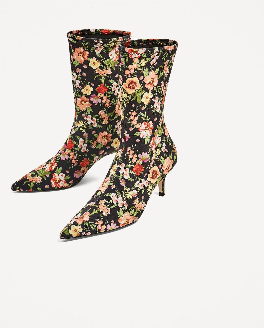 Botas em tecido com padrão floral, 49,95€