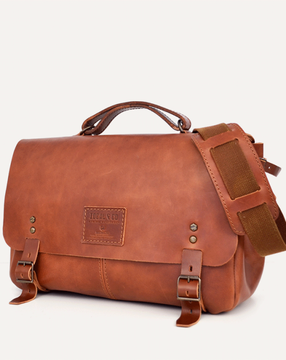 idealco-aire-messenger-full-grain-vegetable-tanned-leather-brown-size1-2-568x715.png