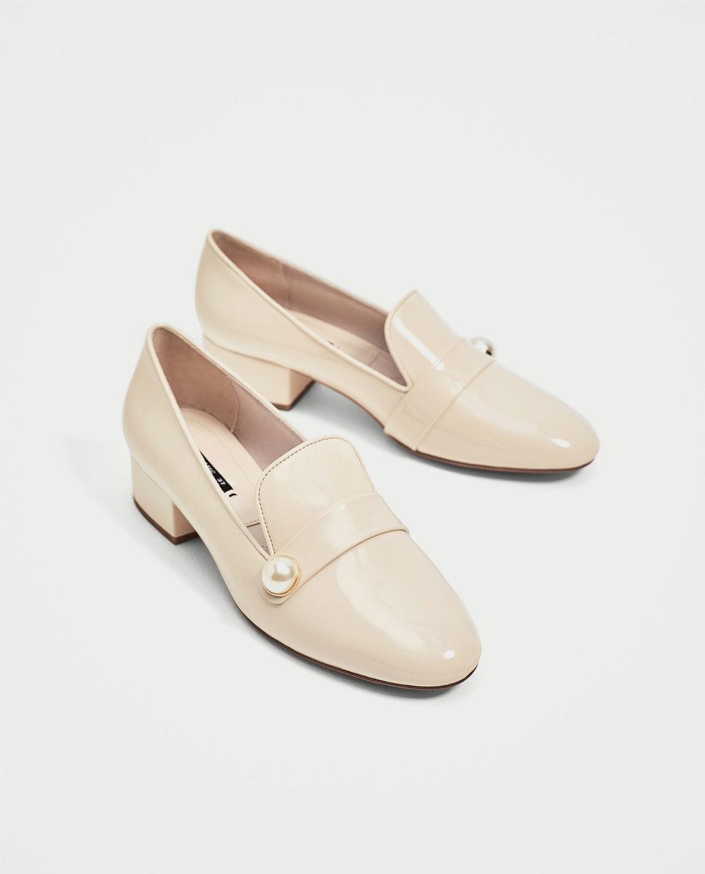 Loafers com aplicação, 25,95€