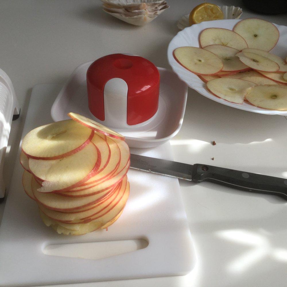 maçãs fatiadas.JPG