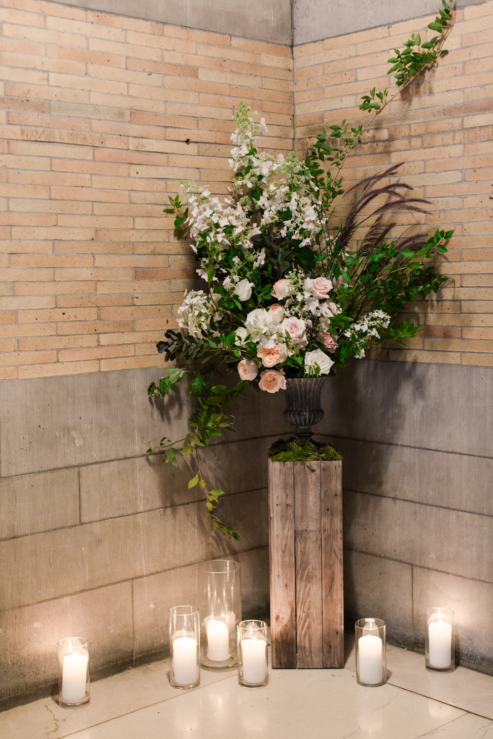 Old World NYC Wedding at the Highline Hotel - Flowers by Denise Fasanello Flowers - Photo by Heather Waraska 15.jpg