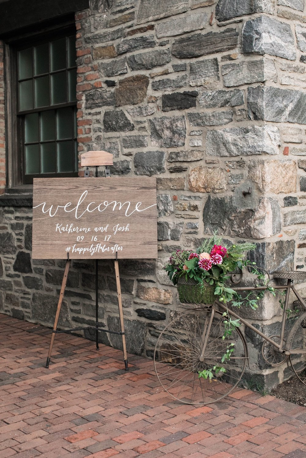 Elegant Affair Wedding at the Farm - Flowers by Denise Fasanello Flowers - Photos by Meg Miller 10.JPG