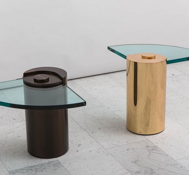 An iconic design by @karlspringerltd, the unique Sculpture Leg Table debuted in 1971, is being reissued through a partnership between @toddmerrillstudio and Mark P. Eckman, president of @karlspringerltd. This magnificent design is available with a fan-shaped or cavaliers glass. Available in various fine metal finishes. Custom dimensions may be accommodated.  #karlspringer #toddmerrill #design #designer #designicon #luxury #luxurydesign #style #designmaster #art #artfurniture #decor #homedecor #designcrush #midcenturymodern #interiorinspo #karlspringerfurniture #interiordecorating #bronzefurniture #midcenturyhome #bespoke #luxurystyle #interiordesigninspiration #decorlovers #theworldofinteriors #designgoals #homedesign #customfurniture #architecture