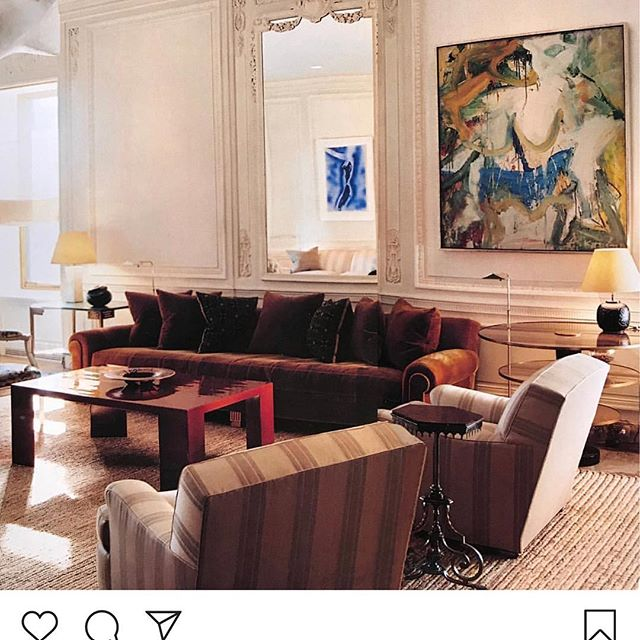 The living room of New York apartment designed by Jacques Grange. Willem de Kooning, the painting in the mirror is by Yves Klein and part of the artist's 'Anthropometry' series and shell-shaped plaster plafonnier by Alberto Giacometti. Dark red low table @karlspringerltd Photography @francoishalard. Repost @claesjuhlin  #art #artist #painting #painter #jacquesgrange #customfurnituredesign #karlspringer #willemdekooning #albertogiacometti #giacometti #francoishalard #customfurnituredesign #interiordesign #interiors #interiordecorating #interiordecor #karlspringerltd #decor #homedecor #livingroomdecor #luxury #luxurylifestyle #interiorinspirations #interiorinspo #midcenturymodern #midcentury #designcrush #yvesklein #contemporaryart #artfurniture