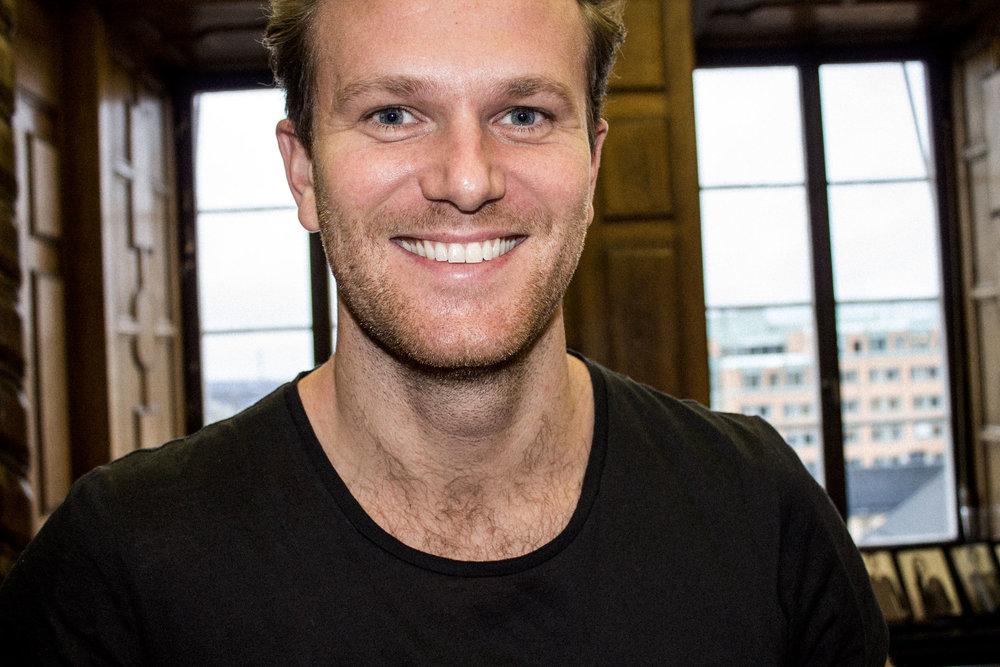 <span>Niklas Jungegård (SWE)</span><span>Sqore</span>