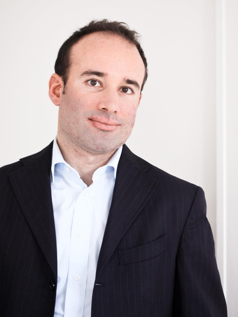 <span>Fabio Lancellotti (FR)</span><span>Aster Capital</span>