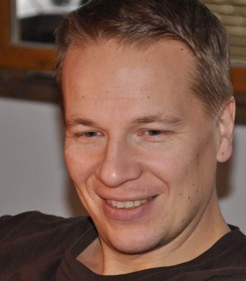 <span>Petteri Koponen (FIN)</span><span>Lifeline Ventures</span>