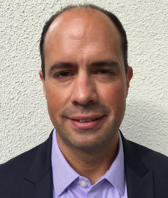 <span>Fabian Sepúlveda (FIN)</span><span>Courage Ventures</span>