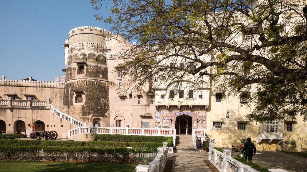 castle-mandawa-4.jpg