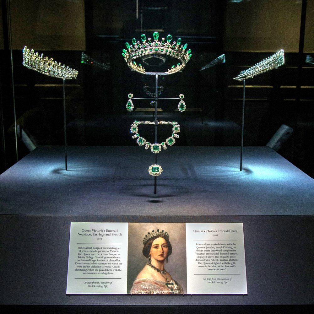 Kokoshnik tiara is seen in upper right corner of display