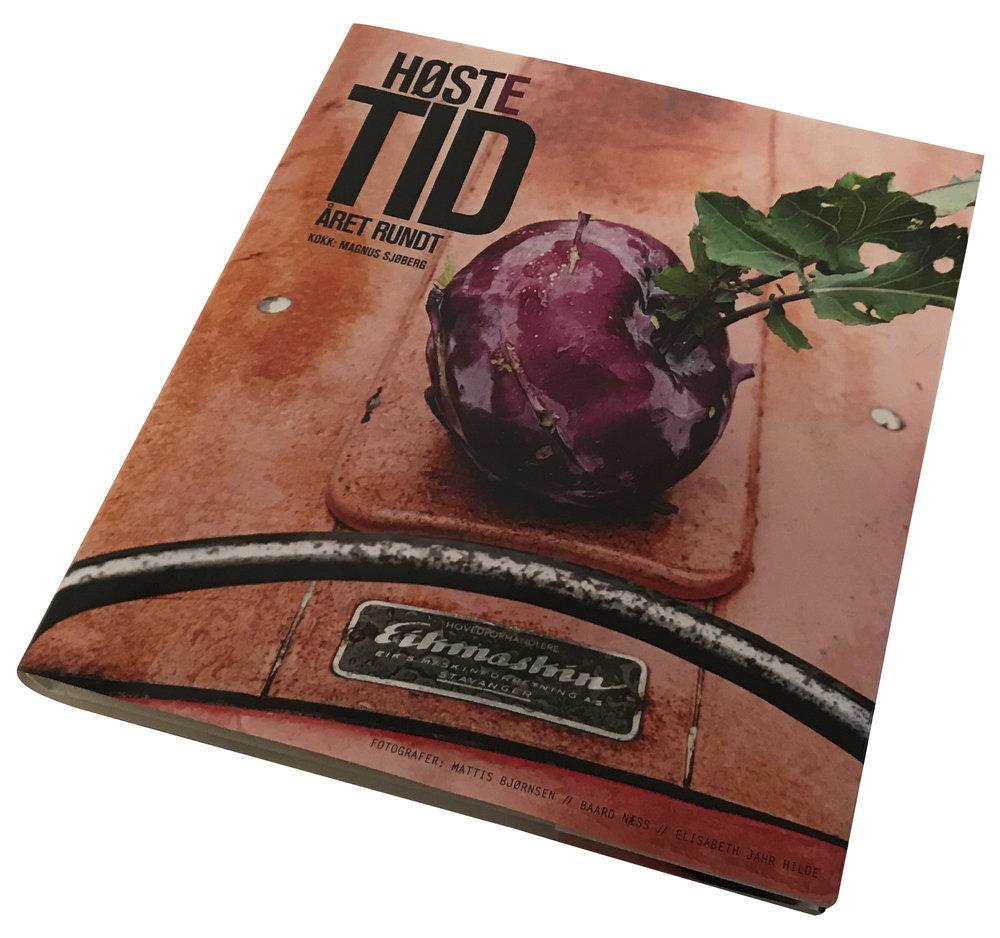 HØSTETID  Produsert av Inkognito as. Utgitt av Pepper as, publishing Medvirkende fotograf