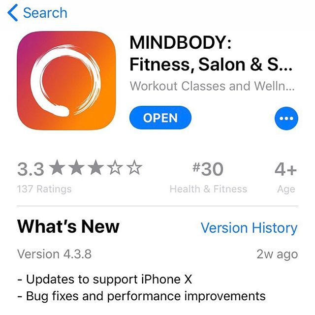 "TGIF & time for another #2017simplesavvyfavorite 🧘🏼‍♂️ Today, I'm giving a shout out to the MINDBODY app 🧘🏼‍♂️ After moving to our new house and post babe, I canceled my beloved yoga studio membership😢because it wasn't convenient enough for me to justify the monthly 💰 🧘🏼‍♂️ So this year, I've been a bit of a ""yoga nomad."" Showing up at any class or studio that's most convenient in the moment. 🧘🏼‍♂️ Made possible by the mindbody app 🧘🏼‍♂️ You can search for fitness classes (not just yoga) and even spa services by zip code and book a class right from on your phone 🧘🏼‍♂️ BAM! Now those yoga pants you've been wearing for 4 days straight will finally get a chance to break a sweat ;) 🧘🏼‍♂️ So if you're in a fitness nomad mode, I can't recommend this app enough #keepitsimplesavvy #simplesavvyfavorites #yoga #mindbodyapp #fitness #favorites"