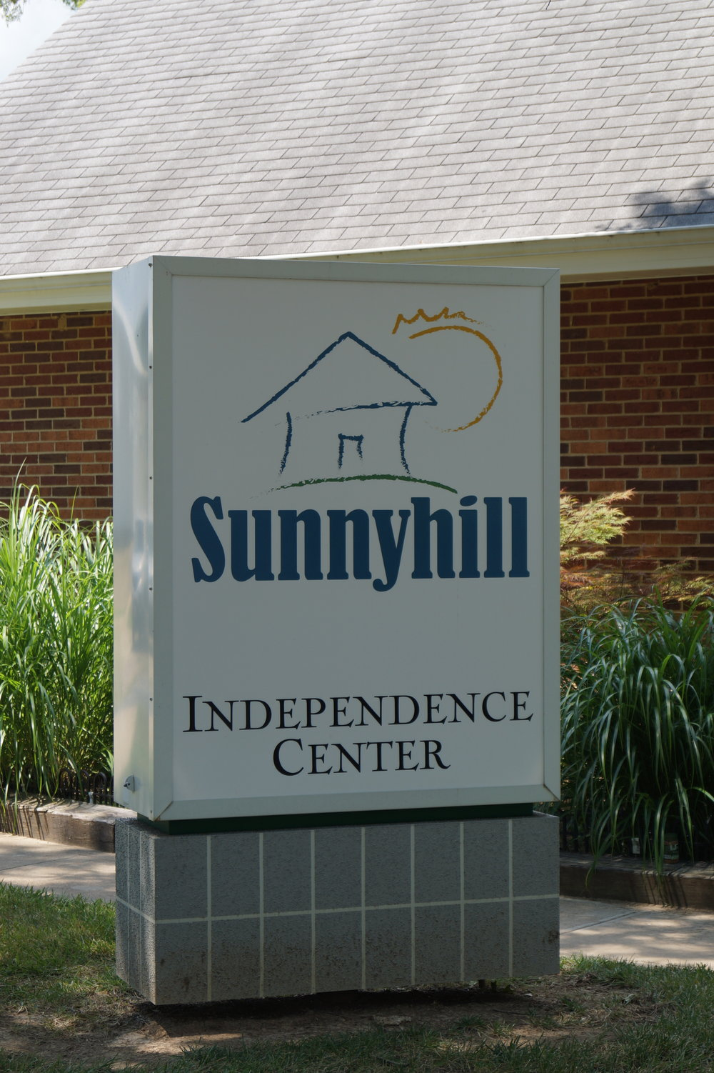 Sunnyhill Independence Sign