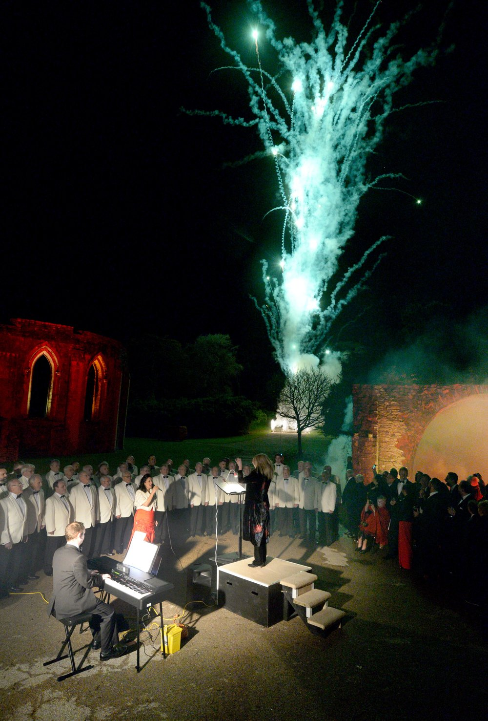 Cymdeithas Corau Meibion Gogledd Cymru - Gŵyl Y Corau 1994 - The Albert Hall Welsh Choir Festival