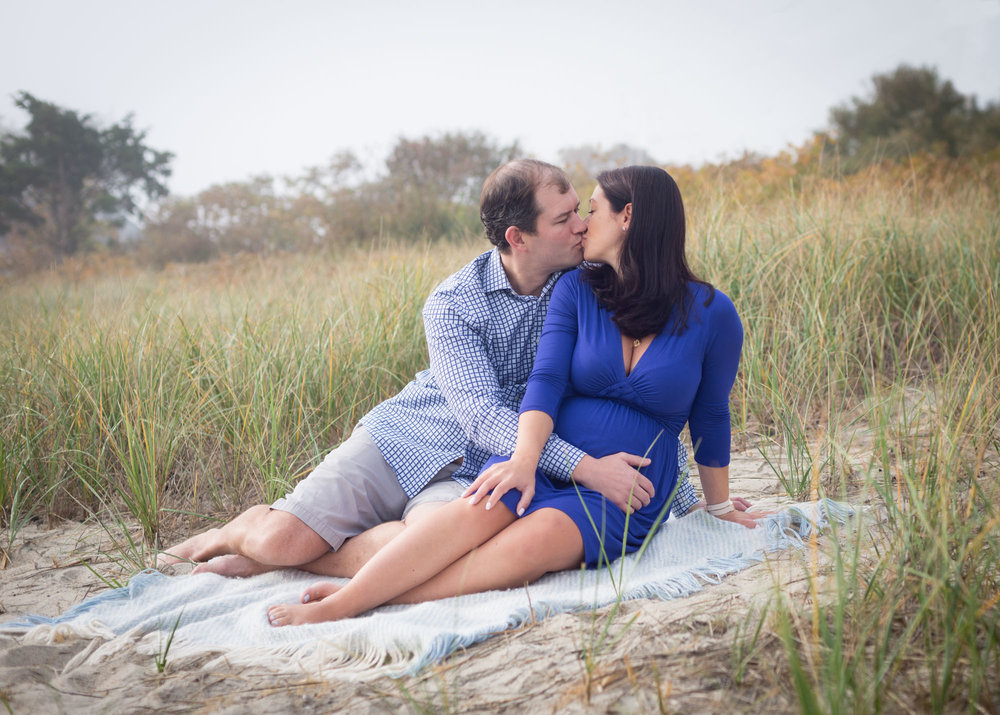 beach-maternity-photo-session-1.jpg