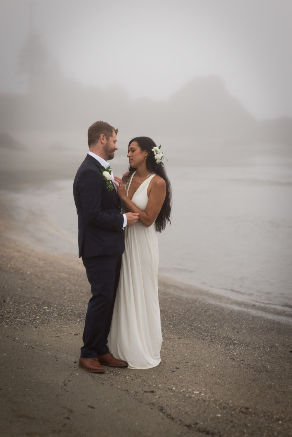 Mystical bohemian elopement in the PNW fog