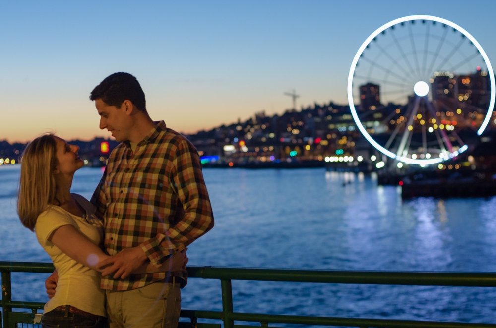 Seattle's Great Wheel engagement