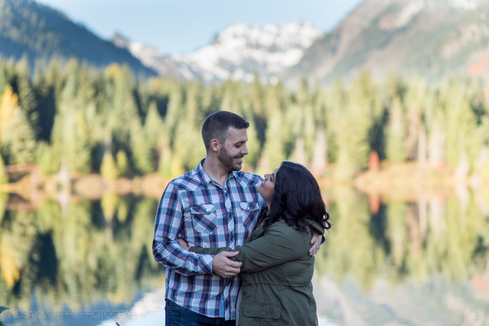 Seattle_tacoma_mountain_engagement-15.jpg