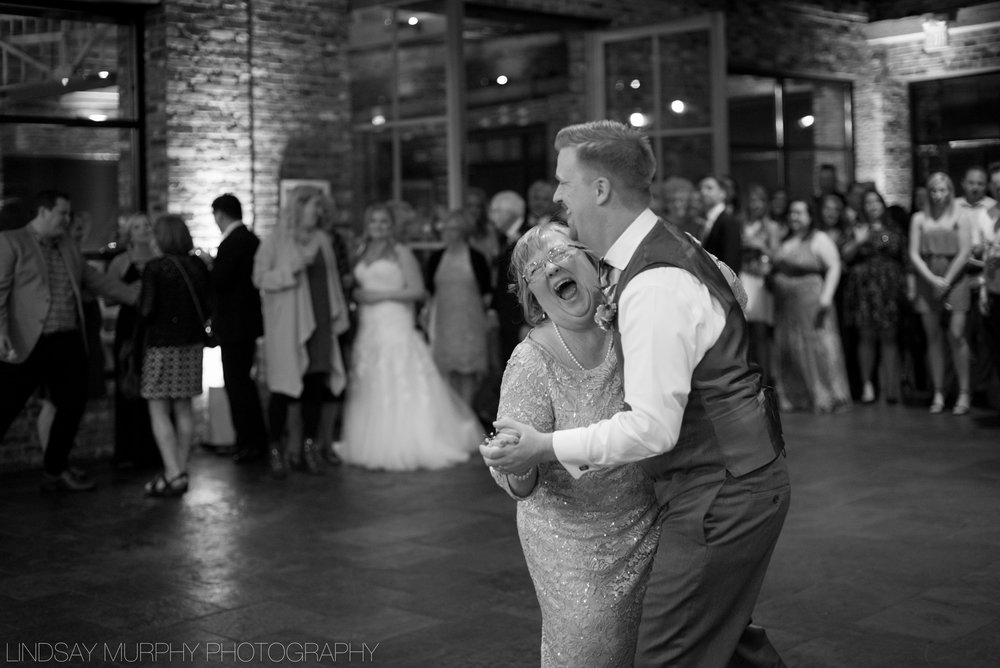 Tacoma_Wedding_photography-142.jpg