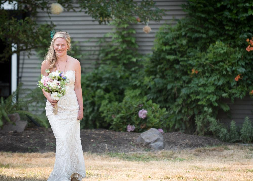 Backyard_Wedding-30.jpg