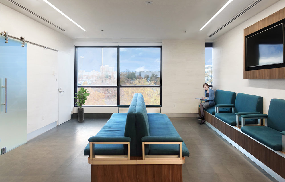 Canada_Toronto_Healthcare_Cardiology_Design_architect_waiting3.jpg