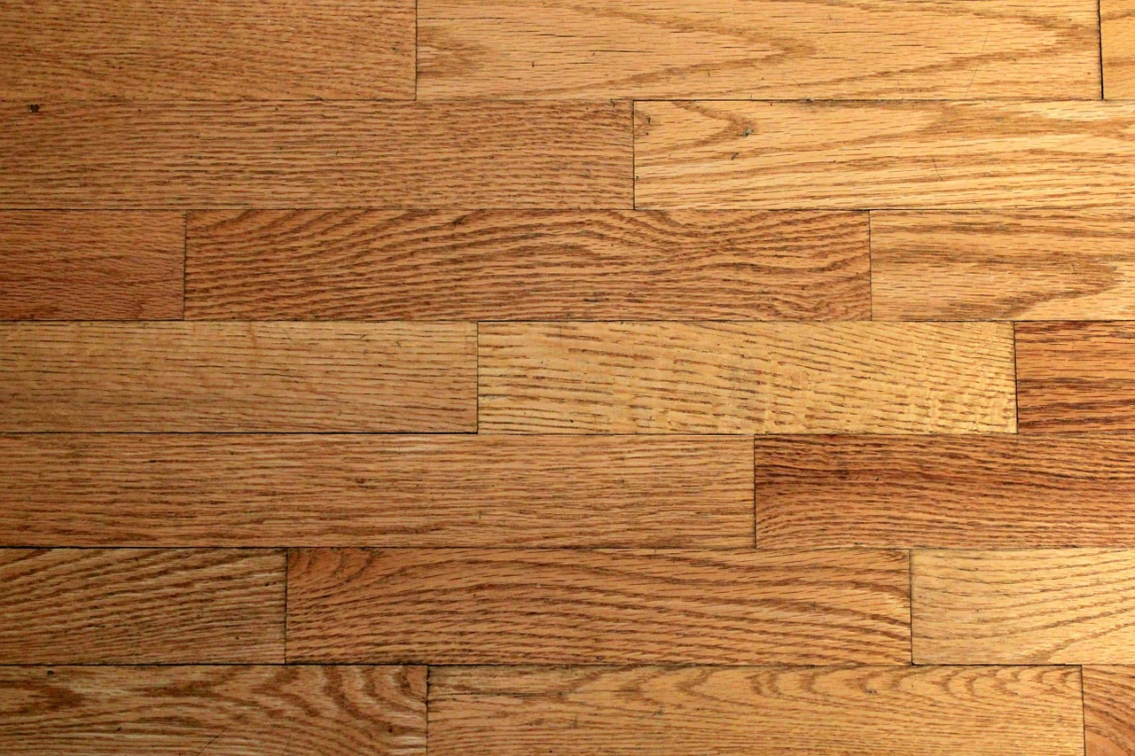 Real Wood VS Laminate Flooring: Which Is Right for Your Home? & Real Wood VS Laminate Flooring: Which Is Right for Your Home ...