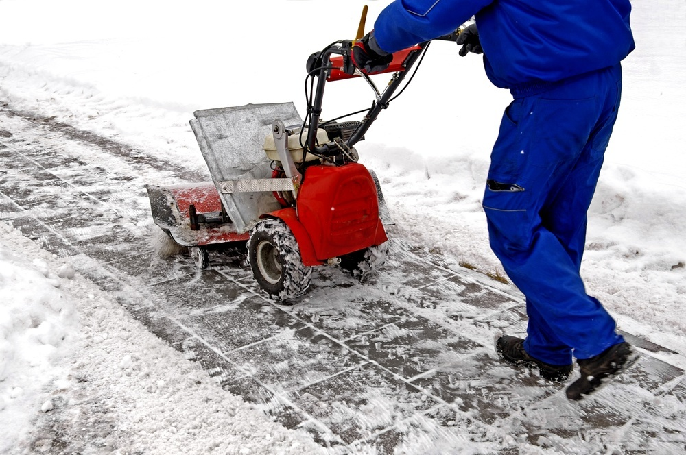 The Right Time to Hire a Snow Removal Company