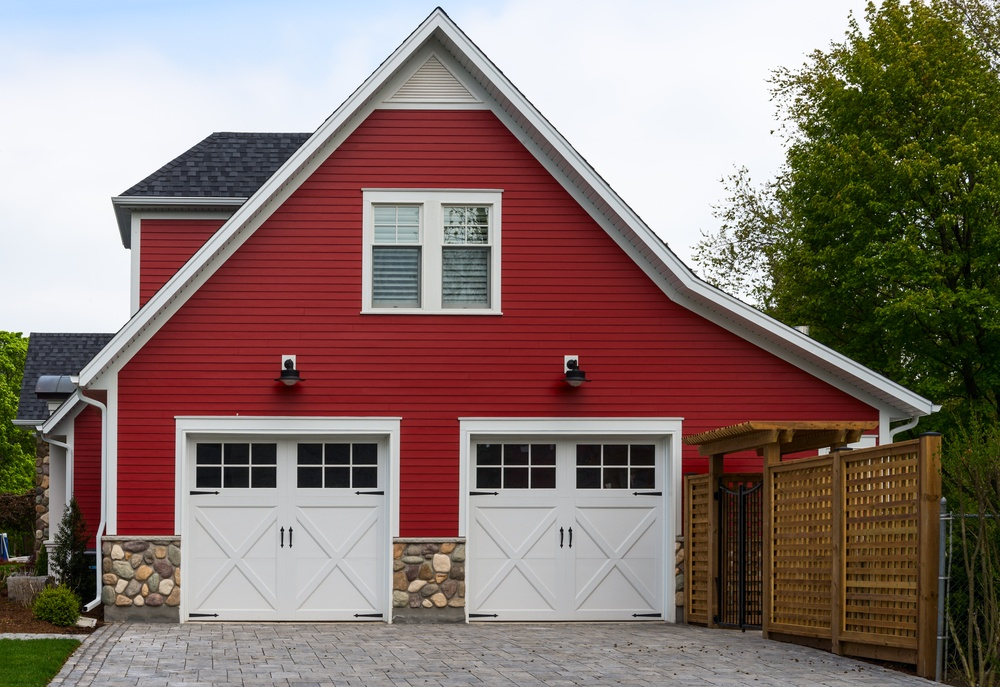 What You Should Know Before Adding or Replacing Windows in Garages