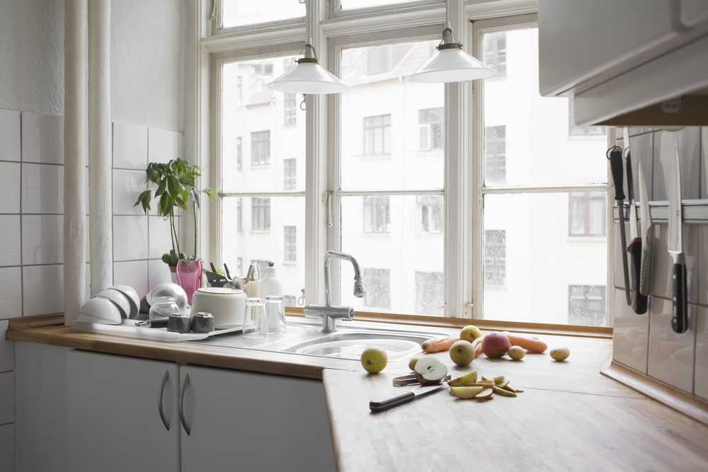 5 Excellent Options for Kitchen Window Treatments