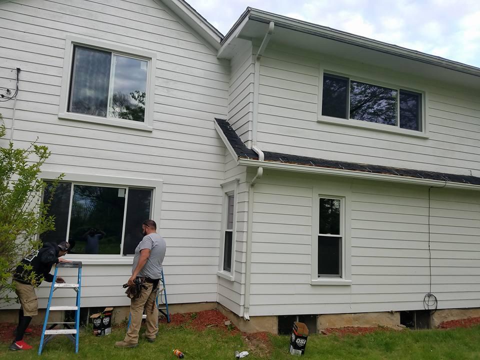 Center Vent Sliding Windows Wallside Windows 174
