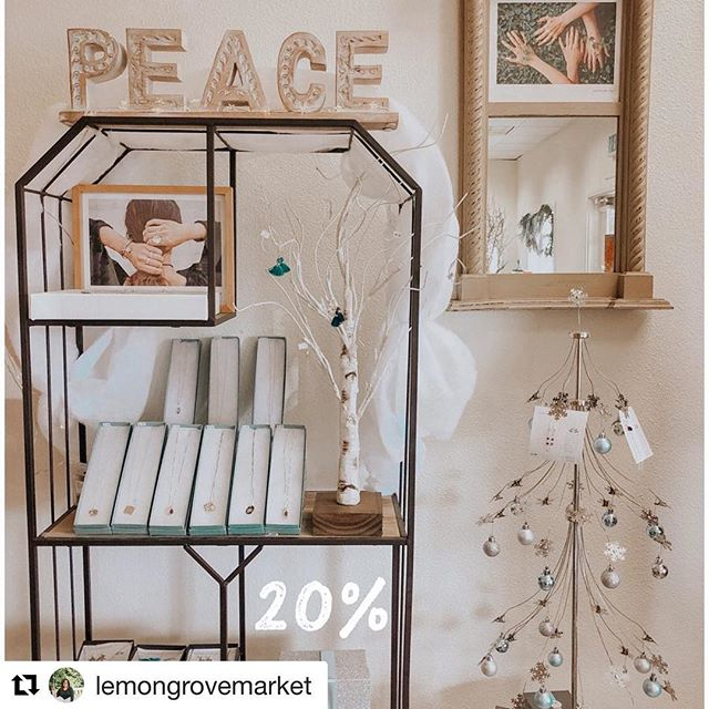 Last minute stress? We got you! Last day to shop @lemongrovemarket popup! Awesome vendor discounts including 20% off all things Lovetree. See you there! ❤️🎄