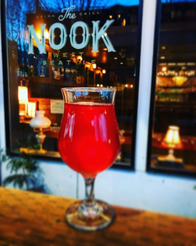 """Cider Season is approaching 🤗 Try our newest addition from @2townscider """"Easy Squeezy""""  #thenook #thenookseattle #westseattle #cider"""